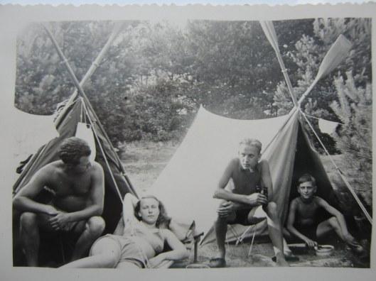 camping - flabobflyingcircus