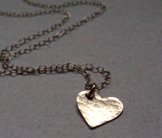 heart-necklace-gold-ohsoantsy